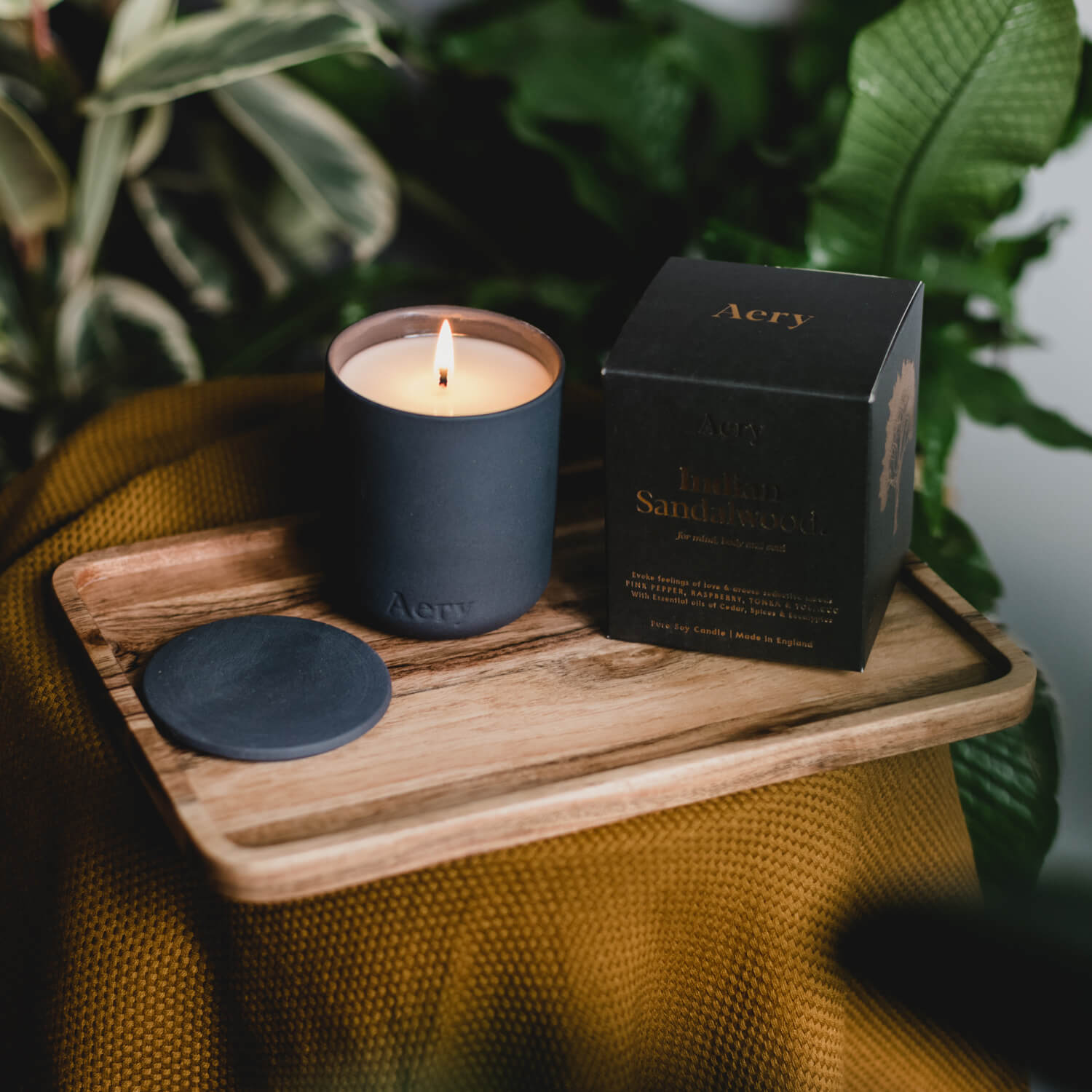 Indian Sandalwood Candle by Aery