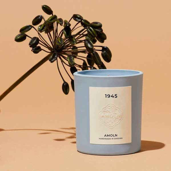 1945 Scented Candle by Amoln